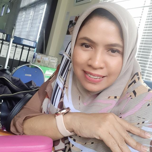 Lyta Permatasari ♥ Associate Writer
